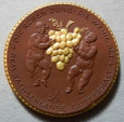 World Coins - German gold gilded brown porcelain medal - Oberlosnitz, grapes, rare!
