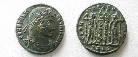 Ancient Coins - Constantine the Great AE3.  GLOR-IA EXERC-ITVS, two soldiers with sheilds & spears to either side of two standards, ASIS in ex.