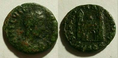 Ancient Coins - Flavius Victor. 387-388 AD. Æ 13mm (0.9 gm).Aquileiamint.