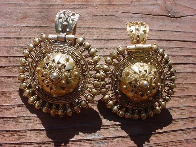 World Coins - Beautiful  Renaissance Gold plated silver earrings!!!