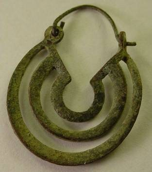 Ancient Coins - BEAUTIFUL  ROMAN BRONZE EARRING