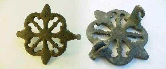 Ancient Coins -  Roman bronze brooch in an elaborate grill pattern.RRRR  40mm.