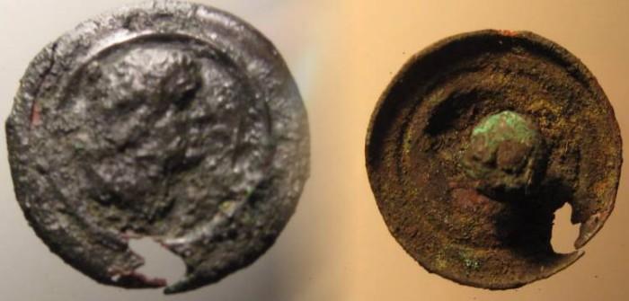 Ancient Coins - UNIQUE ROMAN MILITARY BRONZE BUTTON DEPICTING EMPEROR VESPASIAN