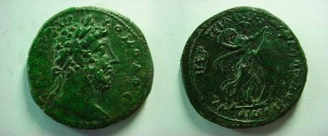 Ancient Coins - Commodus AE32 of Philippopolis, Thrace.Isis sailing r., holding billowing sail with both hands .EF