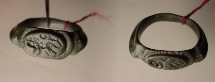 Ancient Coins - Beautiful  Roman bronze seal ring with incuse of a lion with crescent moon above.