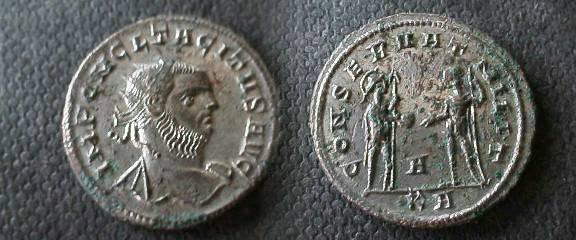 Ancient Coins - Tacitus AE Antoninianus. Serdica mint.CONSERVAT MILIT, Mars standing to left handing a globe to Tacitus