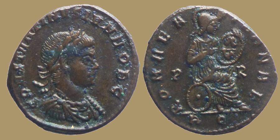 Ancient Coins - Constantine II Cesar - AE reduced follis - ROMAE AETERNAE - Rome mint - Rare