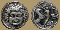 Ancient Coins - Roman Republic. - PLAUTIA - AR Denarius - Medusa facing - Bab.15 Plautia