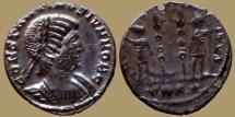 Constantinus II Caesar - AE reduced Follis - GLORIA EXERCITVS  - Trier -  RIC.545 - what a hair cut