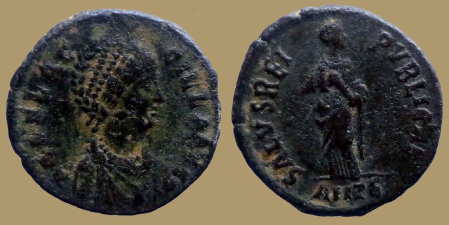 Ancient Coins - AELIA FLACILLA - Ae centenionalis - SALVS REIPVBLICAE - Antiochia - RIC.62