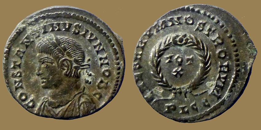 Ancient Coins - Constantine II - AE reduced follis - CAESARVM NOSTRORVM - Lyon mint