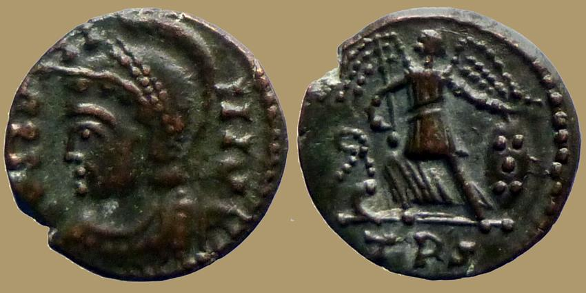 Ancient Coins - CONSTANTINOPOLIS - AE reduced commemmrative follis - Trier mint IMITATION