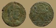 Ancient Coins - Magnentius - AE2 - VICTORIAE DD NN AVG ET CAES - Trier mint