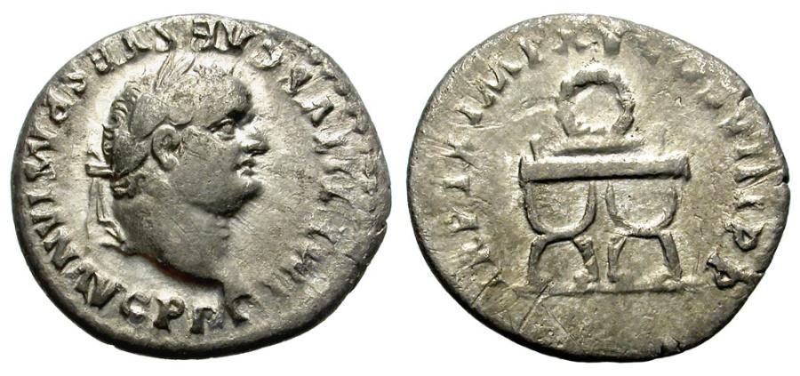 Ancient Coins - TITUS. 79-81 AD. SILVER DENARIUS. ROME MINT. NICE COIN.