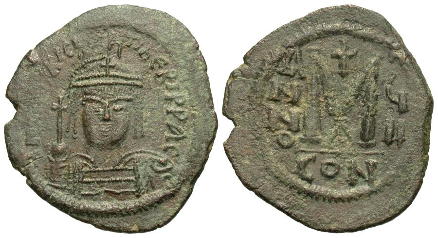 Ancient Coins - Byzantine Empire. Maurice Tiberius. Æ Follis. Constantinople Mint.