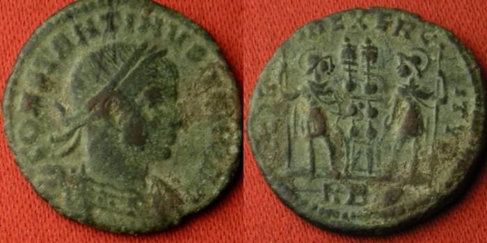 Ancient Coins - CONSTANTINE II CAESAR AE3. GLORIA EXERCITUS, Soldiers & standards.