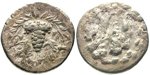 Ancient Coins - Lydia Tralles AR Half Cistophorus / Grapes and Club