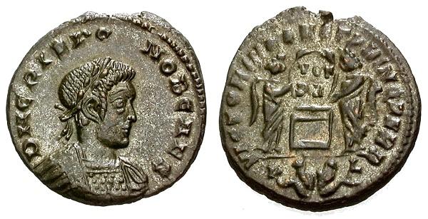 Ancient Coins - EF/EF Crispus Caesar Silvered Æ3 / Captives in Exergue