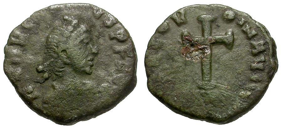 Ancient Coins - Arcadius.   Æ4 / Cross