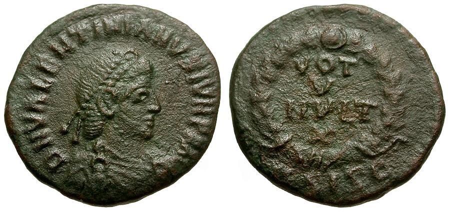 Ancient Coins - Valentinian II.  Æ4 / Votive Wreath