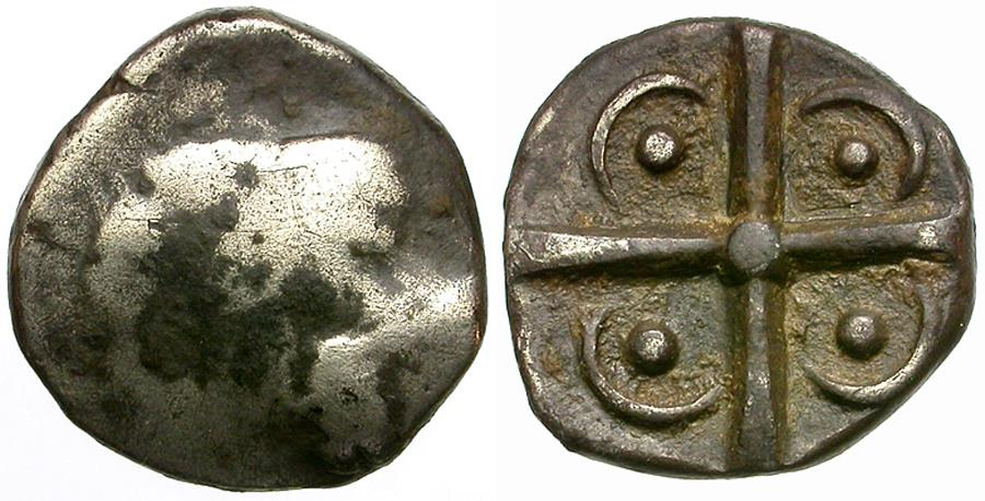 Ancient Coins - Spain. Iberia. Rodeton. Rosas. (Gerona). Imitative of Gaul. Volcae Tectosages AR Drachm / Cross with Pellets and Crescents