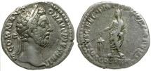 Ancient Coins - Commodus AR Denarius / Commodus Sacrificing