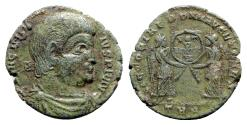 Ancient Coins - Magnentius (350-353). Æ Centenionalis - Treveri