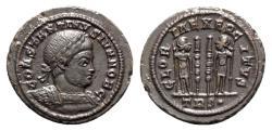 Ancient Coins - Constantine II (Caesar, 316-337). Æ - Treveri - R/ Soldiers