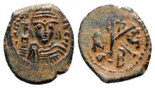 Ancient Coins - Maurice Tiberius (582-602). Æ 20 Nummi - Constantinople, year 5