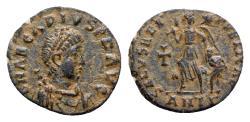 Ancient Coins - Arcadius (383-408). Æ - Antioch - R/ Victory