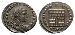 Ancient Coins - Constantine II (Caesar, 316-337). Æ Follis - Londinium - R/ Camp-gate