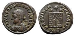 Ancient Coins - Constantius II (Caesar, 324-337). Æ Follis - Nicomedia - R/ Camp-gate