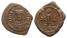 Ancient Coins - Maurice Tiberius (582-602). Æ 10 Nummi (21mm, 3.30g, 6h). Constantinople.