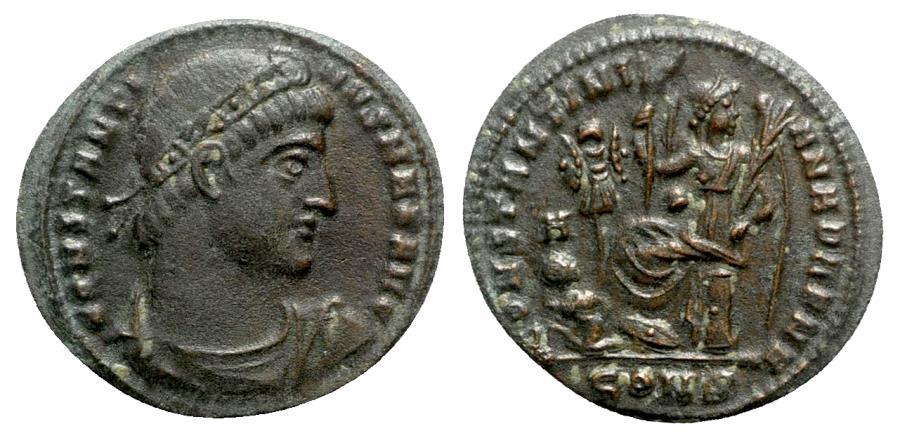 Ancient Coins - Constantine I (307-337). Æ Follis - Constantinople - R/ victory