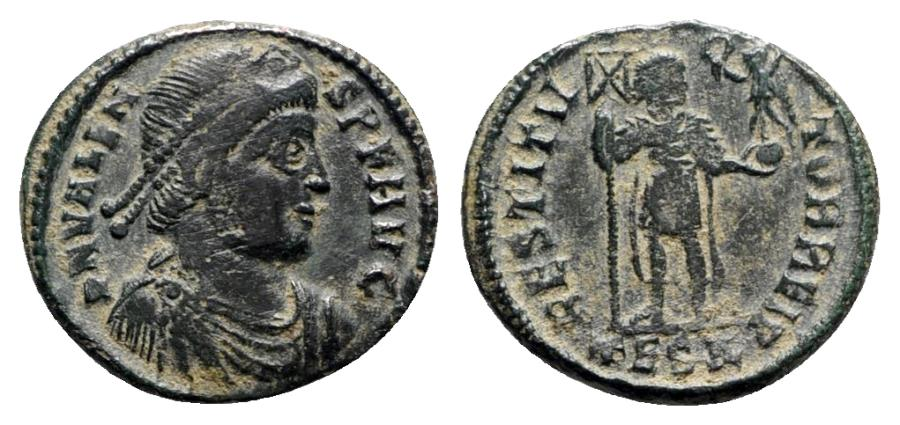 Ancient Coins - Valens (364-378). Æ - Thessalonica