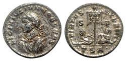 Ancient Coins - Licinius II (Caesar, 317-324). Æ Follis - Thessalonica - R/ Captives and vexillum