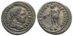 Ancient Coins - Galerius (Caesar, 293-305). Æ Follis - Cyzicus - R/ Genius