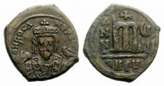 Ancient Coins - Phocas. 602-610. Æ Follis. Theoupolis (Antioch) mint. Dated RY 8 (609/10).