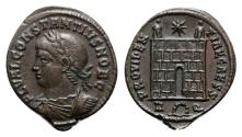 Ancient Coins - Constantius II (Caesar, 324-337). Æ Follis - Rome - R/ Camp gate