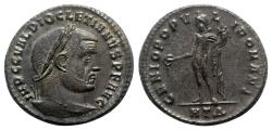 Ancient Coins - Diocletian (284-305). Æ Follis - Heraclea - R/ Genius