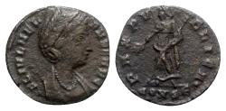 Ancient Coins - Helena (Augusta, 324-328/30). Æ - Constantinople - R/ Pax