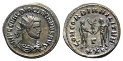 Ancient Coins - Diocletian (284-305). Æ Radiate - Heraclea
