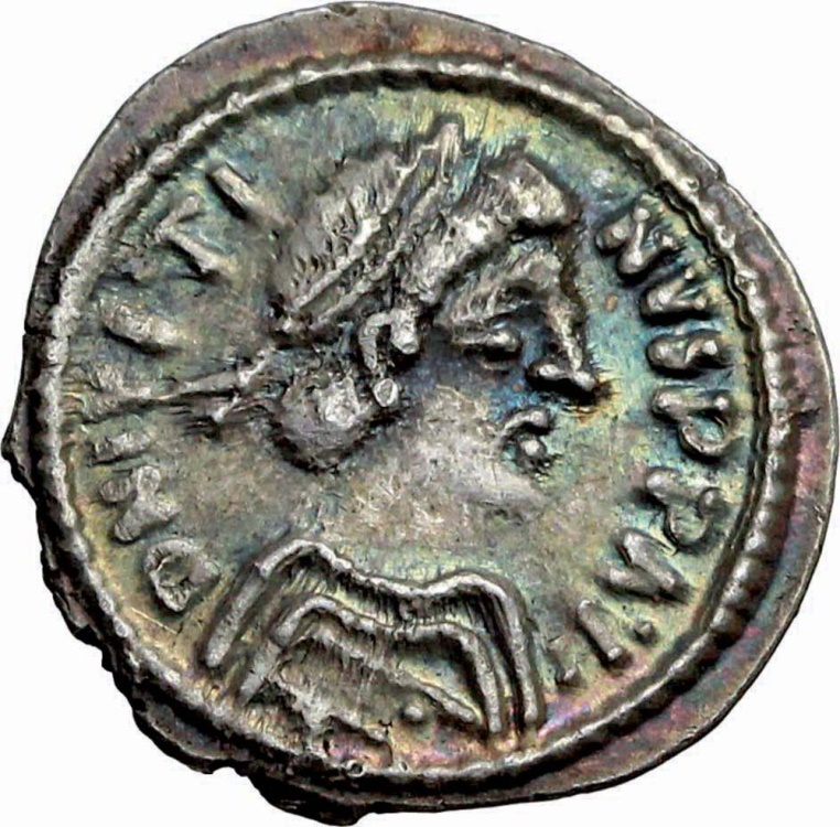 Ancient Coins - Justin II (565-578). AR ½ Siliqua, Ravenna mint. VERY RARE and EXTREMELY FINE