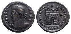 Ancient Coins - Constantine II (Caesar, 316-337). Æ Follis - Thessalonica - R/ Camp gate