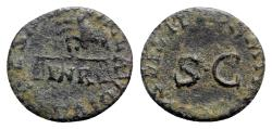 Ancient Coins - Claudius (41-54). Æ Quadrans - Scales / SC