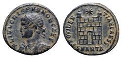 Ancient Coins - Crispus (Caesar, 316-326). Æ Follis - Antioch - R/ Camp-gate