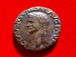 Ancient Coins - Roman Empire - Claudius I (41 - 54 A.D.) bronze as (10,55 g. 27 mm.) minted in Rome between 41-42 A.D. CONSTANTIAE AVGVSTI. RIC 95.