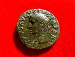 Ancient Coins - Roman Empire - Tiberius (14 - 37 A.D.), bronze dupondius (9,89 g. 27 mm). Issues in honour of Divus Augustus, Rome mint, 22-30 A.D. PROVIDENT / Ara. Rare coin.