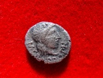 Ancient Coins - Roman Republic - M. Porcius Cato silver quinarius (1,60 grs. 13 mm.) minted in Rome, 89 B.C. VICTRIX.