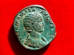 Ancient Coins - Roman Empire - Julia Mamaea (Augusta, AD 222-235) bronze sestertius ( 27,02 g. 27 mm.), Rome mint, 224 A.D. VENVS VICTRIX. Venus with shield at feet.